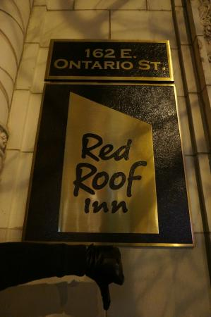 Red Roof Inn Chicago Downtown   Magnificent Mile: The Worse