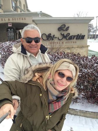Le St-Martin Hotel and Suites : Enfrente ao Hotel