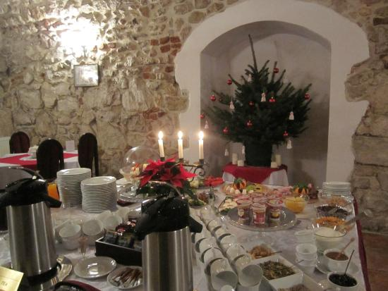 Wit Stwosz Hotel: Breakfast room at Christmas