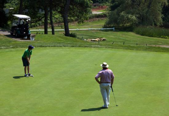 Blue Rock Resort: Private and group lessons are available.