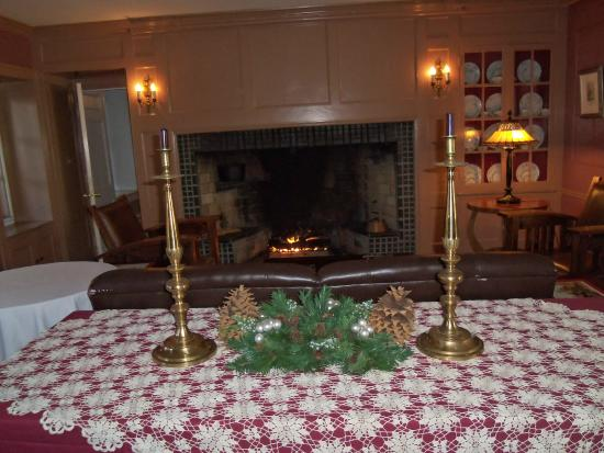 Hasbrouck House: Lounge fireplace