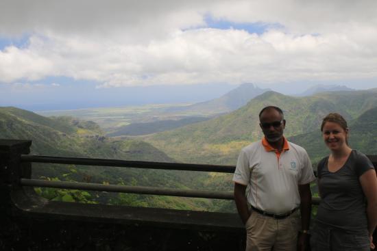 Taxi Mauritius - Private Tour: Ibrahim notre chauffeur
