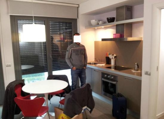 angolo cucina del soggiorno - Picture of Zambala Luxury Residence ...
