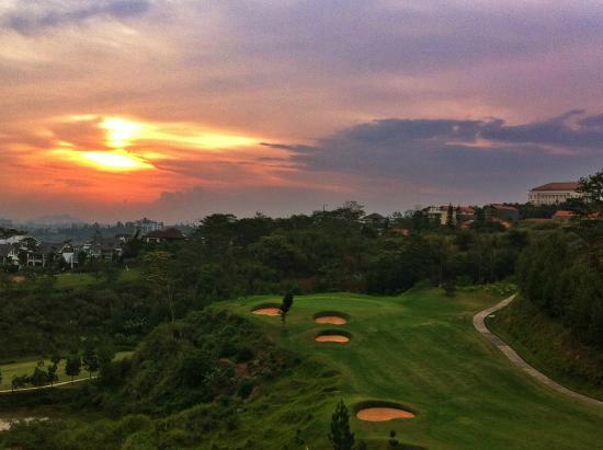 Mountain View Golf Club: Mountain View-Sunset