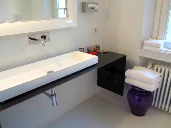 Palazzo Segreti: Bathroom