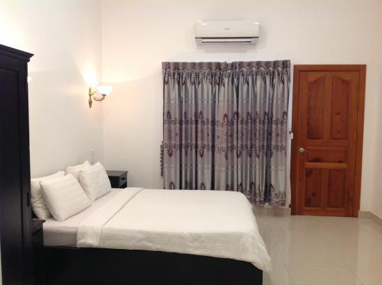 Eureka Villas Phnom Penh: Room