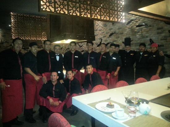 Secrets Puerto Los Cabos Golf & Spa Resort: Himitsu Staff with El Capitan Jorge Godinez