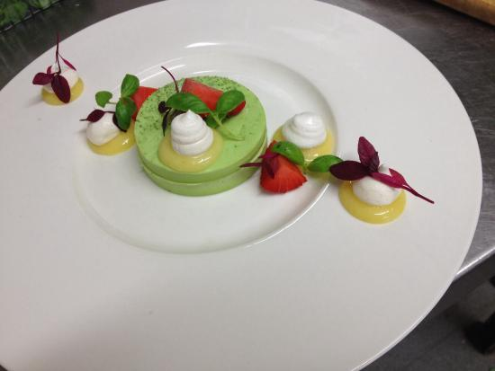 Basil panna cotta, lemon curd, strawberries and meringue - Picture of ...