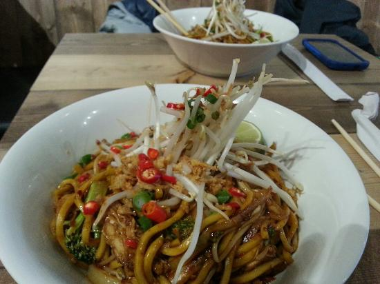 Noodlebox : Kung pao chicken