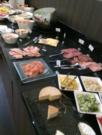 Buffet petit d jeuner photo de radisson blu hotel - Petit dejeuner nantes ...
