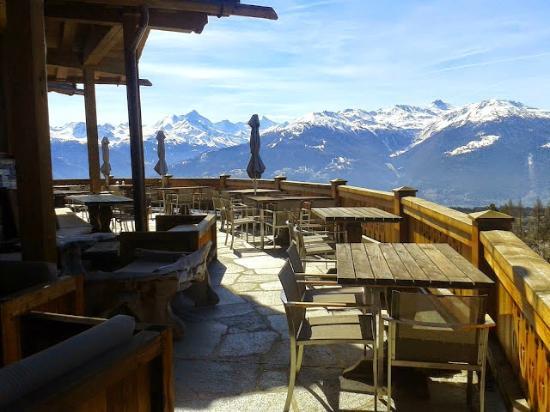 Crans-Montana, Sveits: terrasse extérieure