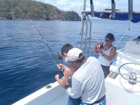 Issys Tours Costa Rica: fishing