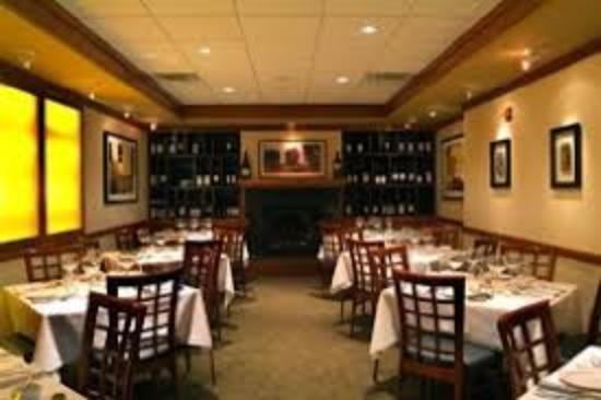 Schlesinger's Steakhouse : Fine Dining!