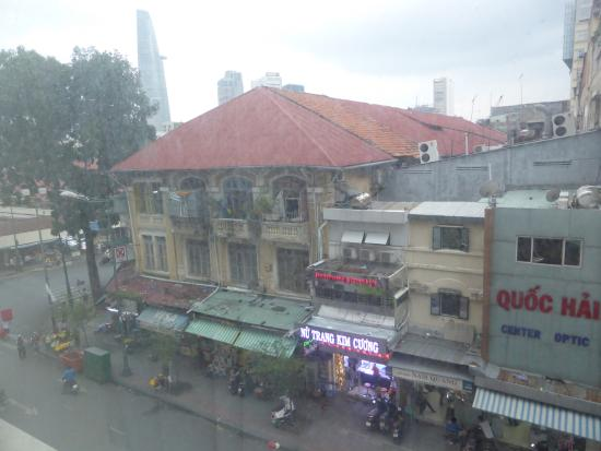 Lavender Central Hotel: View from room - directly next to the famous Cho Ben Thanh market