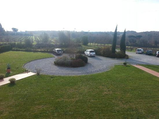 Resort Casale Le Torri: Piazzale principale reception