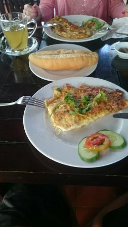 Rang Garden Bungalow Resort: Omelett zu empfehlen!