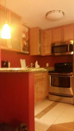 Residence Inn Chattanooga Near Hamilton Place: Kitchen,  like brand new