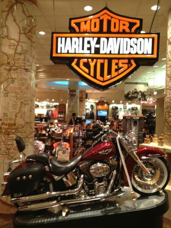 loja da harley-davidson dentro do hotel - picture of new york