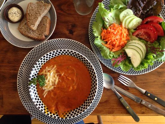 El Living: Delicious tomato and carrot soup with small side salad