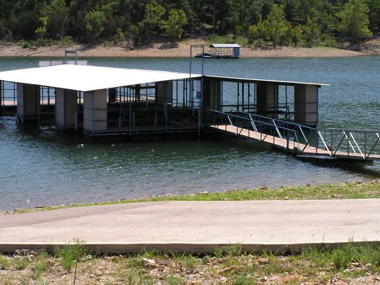 Mill Creek Resort: Dock & Boat Ramp