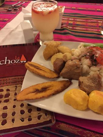 La Choza : Traditional fried pork dinner with the fruit punch