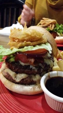TGI Friday's: Tasty burgers :)