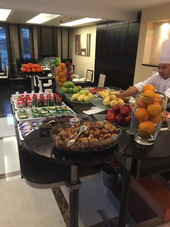 Twist Restaurant: Fruits buffet
