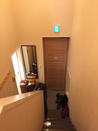Gondola Chalets: Narrow stairs 2.5 stories