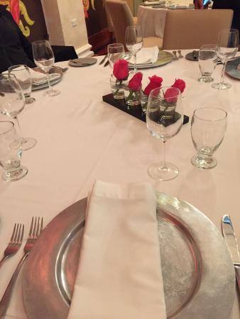 Theatrum : Nice table set up