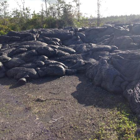 Pahoa, HI: Pahoehoe lava crosses the road