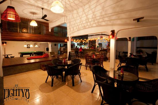 Eighty8 Backpackers: Bar/Chill Out Area