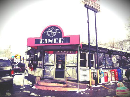 19th Street Diner: Cute diner!
