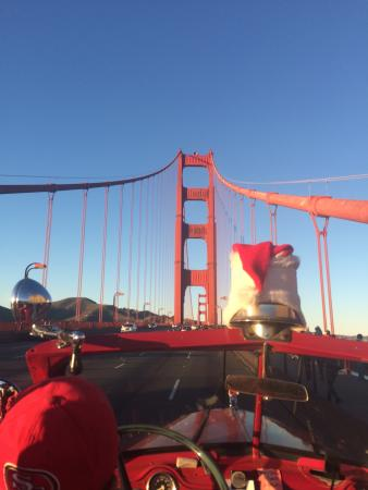 San Francisco Fire Engine Tours & Adventures : Our view from the front row.