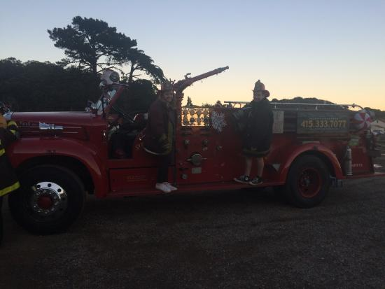 San Francisco Fire Engine Tours & Adventures : The fire truck in all its glory.