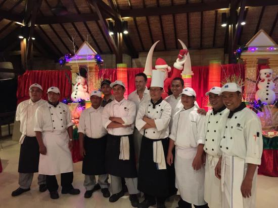 Cocos Beach Restaurant, Novotel Bali Benoa : Команда поваров