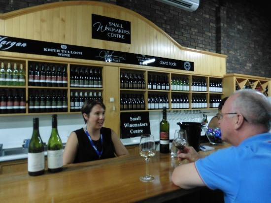 Small Winemakers Centre: Wine Tasting Area