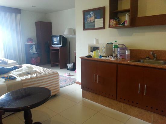 Hotel Cosmopolitan: Room