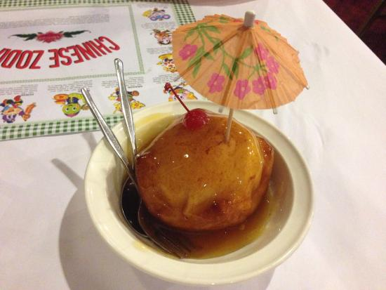 Pagoda Chinese Restaurant: Deep fried ice cream!