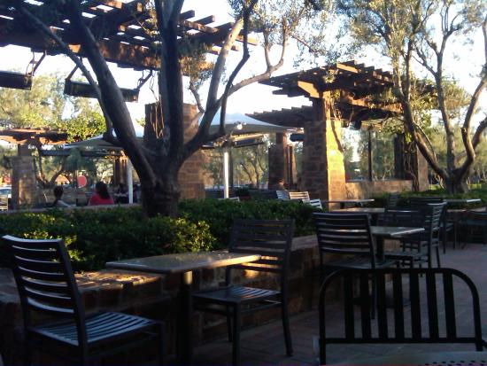 Zov's Cafe Bakery & Bar: Orchard Hills Shopping Center
