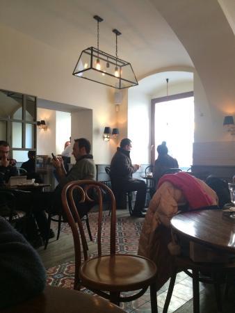 Mondieu : Nice place