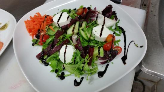 THE IVY: goats cheese salad with beetroot