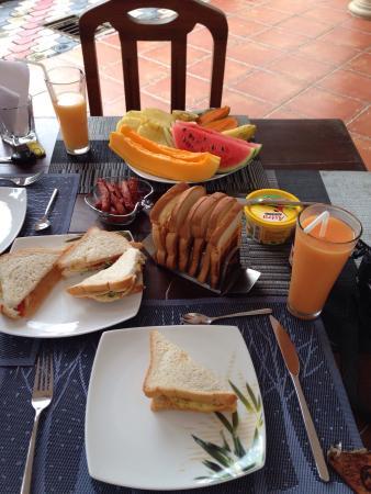 Riverbank Bentota : Breakfast fresh & huge portion