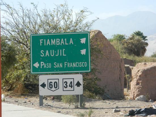 Termas de Fiambala: Cartel orientativo