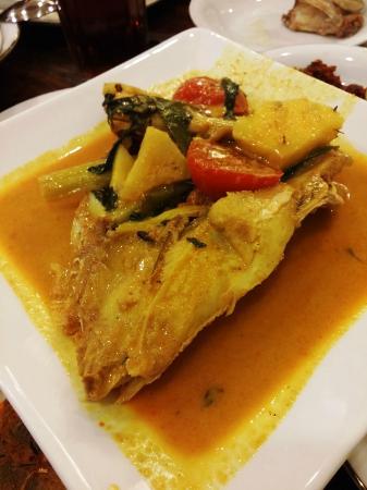 Natrabu Minang Restaurant: kepala kakap