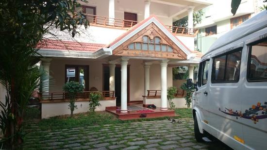 Amba Inn