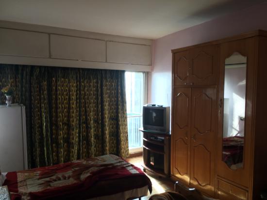 Isis Hotel: Room II