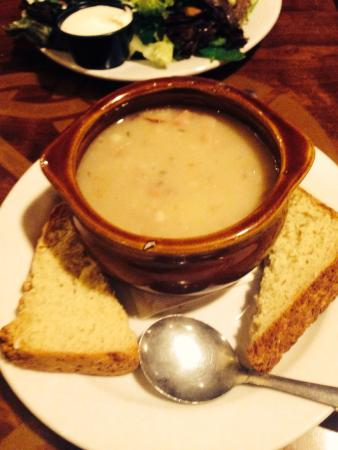 McGinty's Wood Oven Pub: Potato soup - this tasted as good as it looked