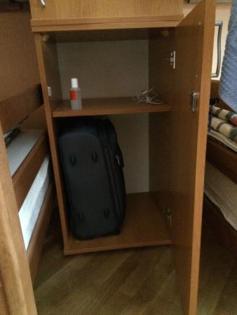 Hostel Capital Belgrade : Szafka  - całkiem spora