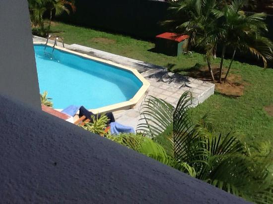 View balcony picture of serendib village guest house for Pool garden nice
