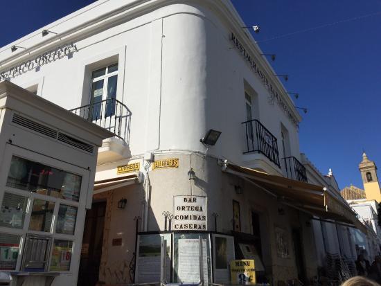 Restaurante Bar Paco Ortega: Exterior del restaurante.